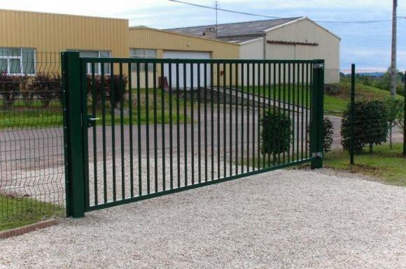 Installation de portail pivotant